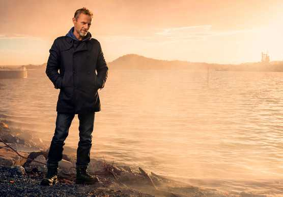 Jo Nesbø by Thron Ullberg