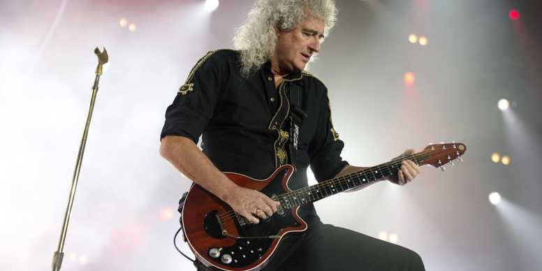 BrianMay_live