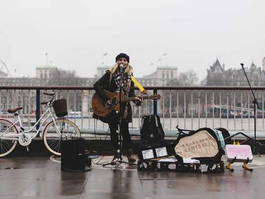winter-busking-cover